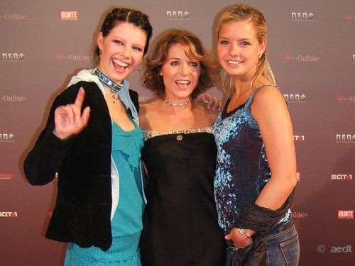 FLORENCE JOY BUETTNER, MICHELLE and VALENTINE at the Neo awards show held at the Berliner Congress Center Berlin, Germany - 15.09.2005